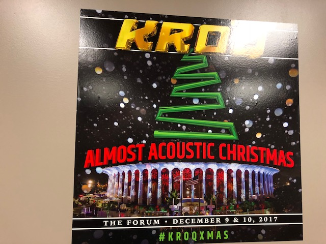 Kroq Almost Acoustic Christmas.Kroq Almost Acoustic Christmas Backstage Live Coverage